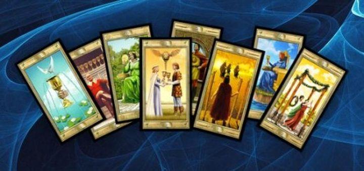Как выбрать свою первую колоду карт Таро?