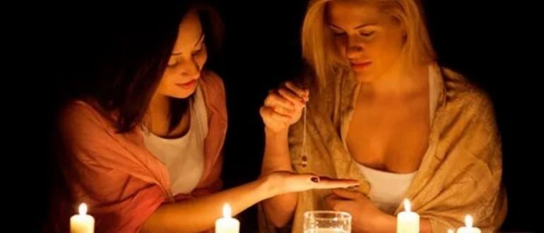 гадание на жениха с кольцом
