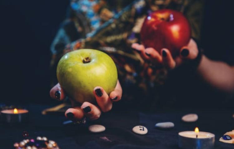 Гадальные яблоки