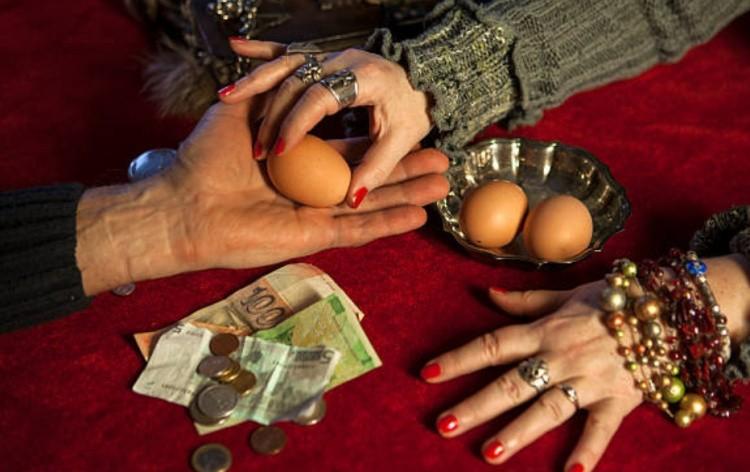 Гадание на яйце фото