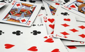 Есть ли у меня соперница гадать онлайн на игральных картах